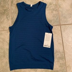 Lululemon breeze by muscle tank- size 4